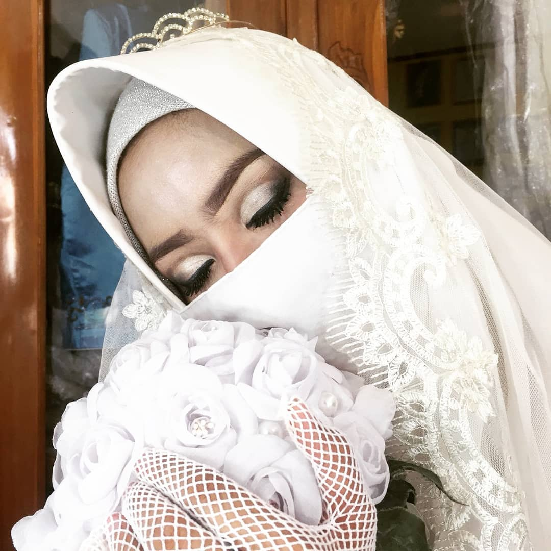 jasa rias surabaya dewi salon & rias pengantin& rias pengantin& rias pengantin& rias pengantin& rias pengantin & rias pengantin