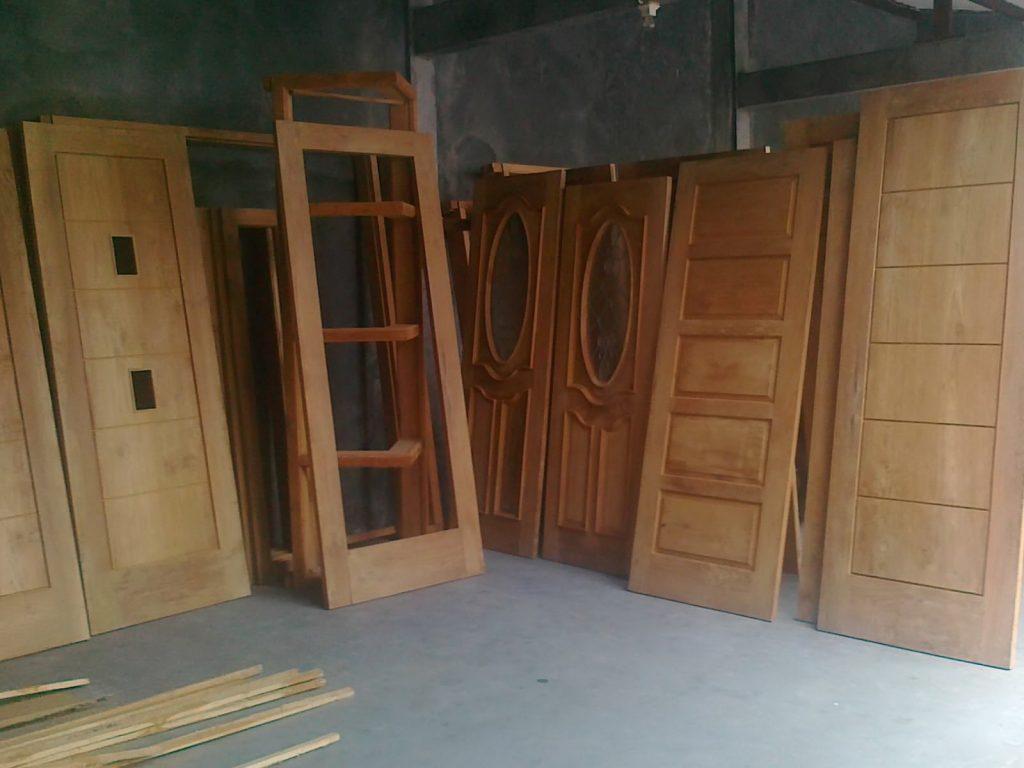 Jasa Pembuatan Pintu & Jendela Kayu Malang