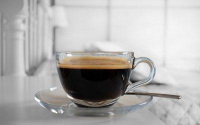 efek-minum-kopi-tanpa-gula-vs-minum-kopi-pakai-gula